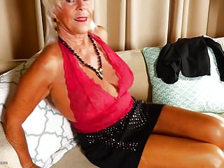 Old and crazy mature - Granny old and crazy and hungry for fuck