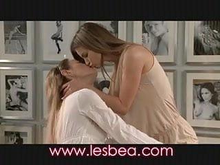 Lesbian lesbian love woman Lesbea virgin loves fit body of older lesbian woman