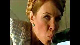 Elena Bond (Miss Moscow 1999) as Yulia Tymoshenko (2005)