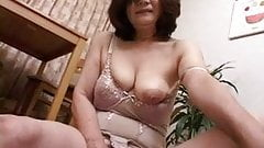 masturbating japanese gran part2