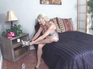 Femme mature bretagne gallerie - Femme mature et jeune homme