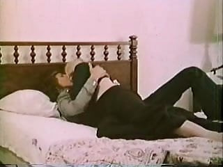 Vintage housewife Lonesome housewife - 1973