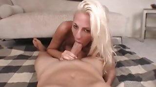Blonde amateur gets a facial