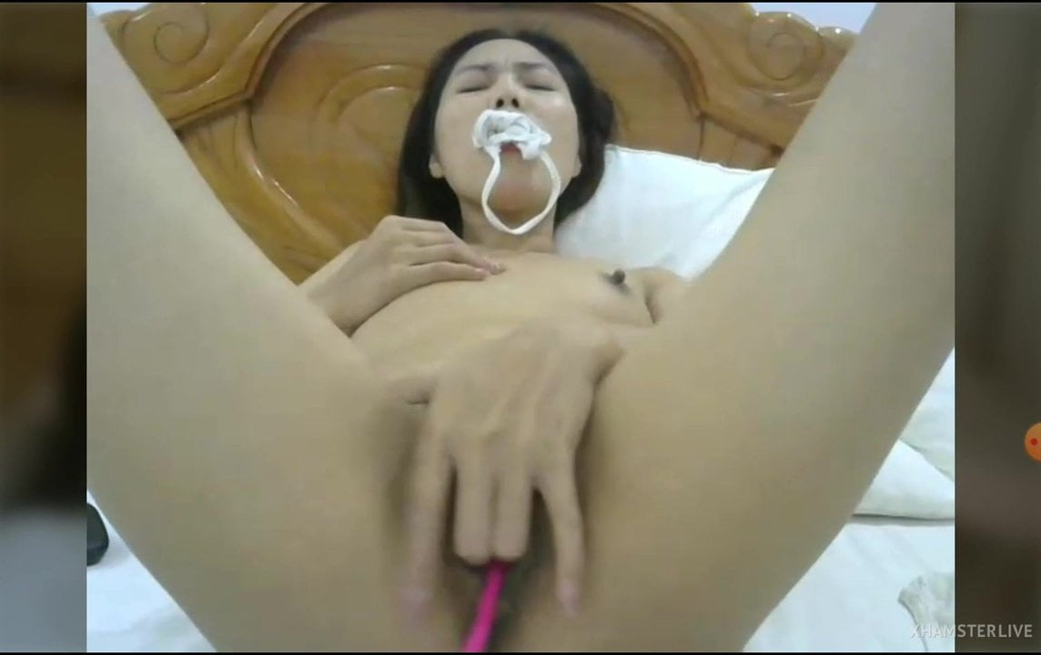 Vietnamese girl is the best, i love them,she so sexy