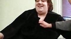 bbw german woman fucks on bed