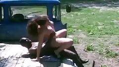 Elle se tape un agriculteur Antillais