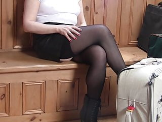 Pantyhose vids short skirts - Shopping in short skirt