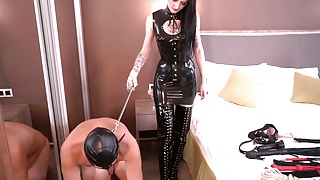 Dominatrix Nika and Dominatrix Sonya whipping slave