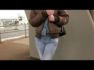 Numbnees around anus and weak bladder back pain Agata - bladder games 2011