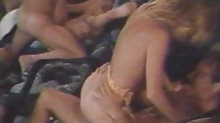 Wild Weekend (1984)