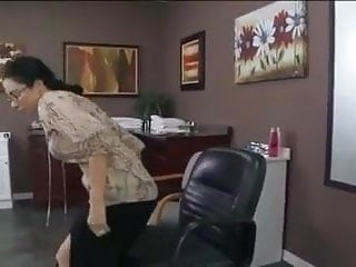 Wheres the pussy Where is this hair studio