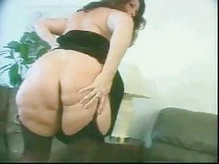 Robospanker spanks per minute - Bbw monica anal assfucked by bbc troia bello duro per bene in fondo al culo e spacca tutto