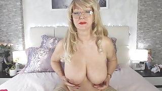 Samanta bates  Show  Webcam