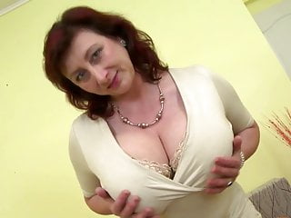 Frr granny porn videos Gorgeous mature mother with huge tits and perfect mature