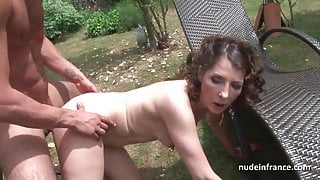Mature analized by the taxi driver after masturbation in car