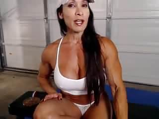 Hairy muscular chest - Denise on webcam 9-25-2014