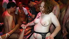 BBW and skinny girl in their first party bang