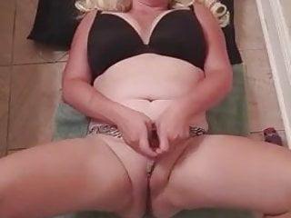 Male masturbation orgasim vids Chubby white slut solo hard orgasim