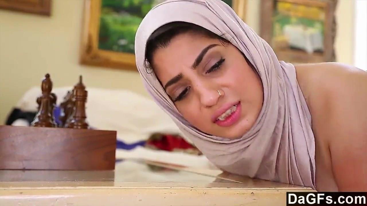 Arabic girl Nadia Ali loves fucking with white cock