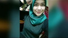 Hijab Indonesian Girl Play With Her Tits
