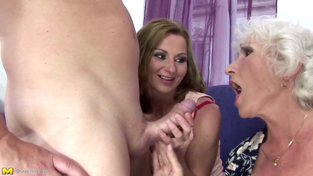 Nasty mom pissing on son