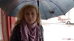 Mature Seduce to Fuck for Cash at Street Casting German