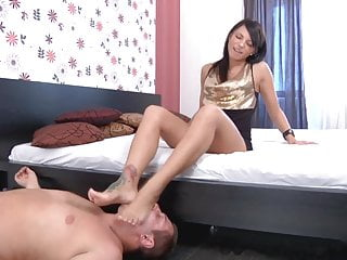 Download 4 player fetish games - Feet games 4