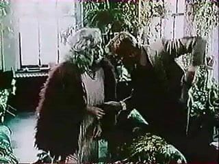 Asian cult cinima - Maitresses tres particulieres 1979 dialogue cult