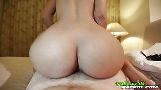 Tuk Tuk Patrol - White guy cums inside Thai sluts pussy