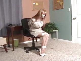 Self bondage escape - Secretary tries to escape