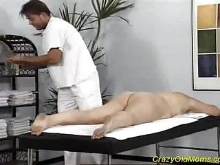 Hard cock in pussy cum - Crazy old mom gets fucked hard taking a big cock in pussy
