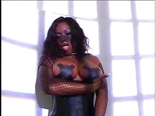 Dripping creampie cunt - Ebony bbw fucking till her cunt drips