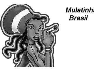 Favela group sex - Mulatinha da favela caroca mamando no banheiro da app