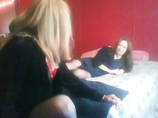 Vid o de x amateur - Katey an karens first vid on x hamster