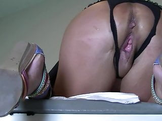 Hairy dripping creampie orgasm - Close up fuck with dripping pie