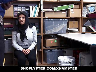 Huge rack blow job Shoplyfter - lp officer fucks hot muslim teen with huge rack