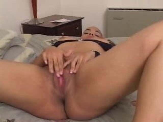 Mixed Ebony Teen Masturbation