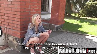 Mofos - Stranded Teens - Vinna Reed - Pretty Blonde Takes Di
