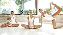 Lesbian ballerinas