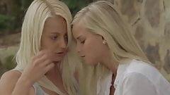 Lesbianas en jardin