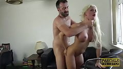 Pascalssubsluts - Cindy Sun es dominada analmente por la polla del maestro