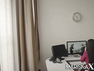 Mariska hargitay lesbian closet Mariskax mariska joins a hot swinger couple