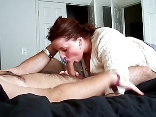 He swallows cum - He cums in her mouth and she swallow it