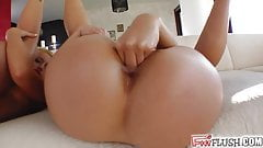 Pussy stretching and fisting by two eager babes