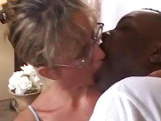 Bend penis popping Beautiful mature interracial assfuck w massive facial pop