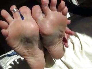 Wife sex feet ass lick suck Mature feet to lick suck fuck cum