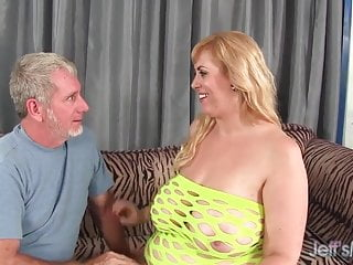 Plumpers anal Big titty plumper amazon darjeeling gets her asshole drilled