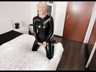 Sissy latex slut Just perfect latex slut fucked in her hungry holes