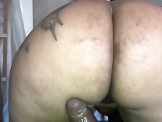 Booty bounces on dick Phat booty milf bounces on my bbc
