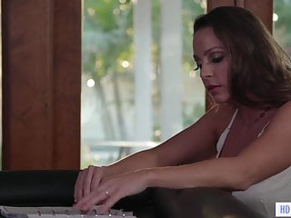 Sex addicts anonymous near ramona - Completely anonym lesbian sex